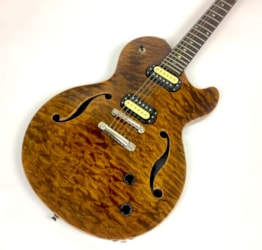 Robin Savoy Deluxe