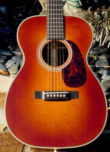 "2013 Martin MFG 00-28V Ambertone by the ""Custom Shop"""