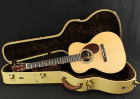 Huss and Dalton T-0014 Traditional Acoustic