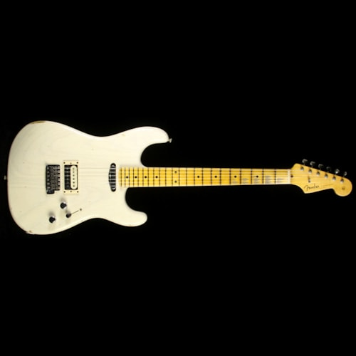 Fender Custom Shop Used Fender Custom Shop Limited Edition Relic H/S Stratocaster Electric Guitar Aged White Blonde