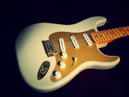 2014 Fender® Stratocaster® 50's Classic Player, 60th Anniversary