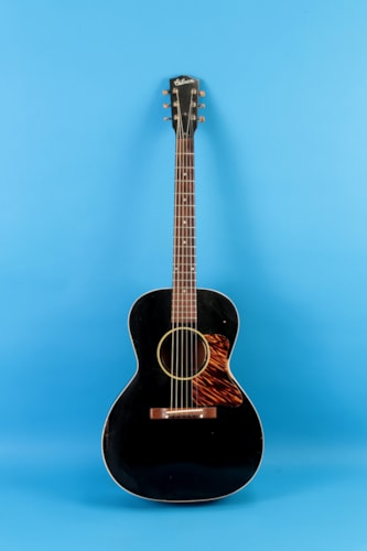 1936 Gibson L 00