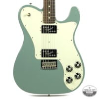 2016 Fender® American Professional Telecaster® Deluxe