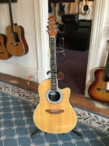 Ovation CC57 Celebrity Acoustic/Electric Guitar