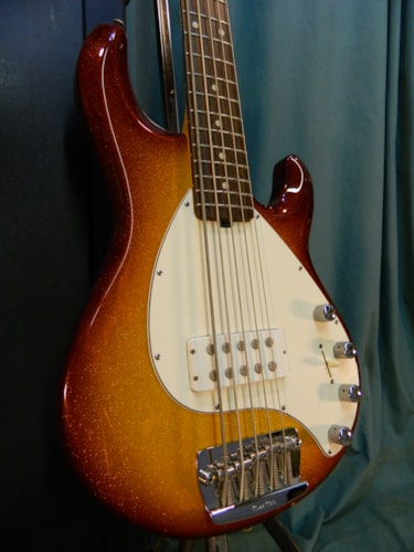 ~2003 ERNIE BALL/MUSICMAN Stingray 5