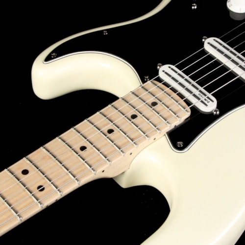 2008 Fender Used 2008 Fender Artist Series Billy Corgan Signature Stratocaster Electric Guitar White