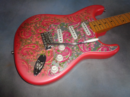 1993 Fender Pink Paisley Stratocaster NEW OLD STOCK