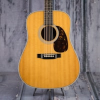 2006 Martin Used  Martin HD-28 6-String, Spruce Top