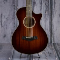 2017 Taylor 526ce Grand Concert 12-String, Tropical Mahogany