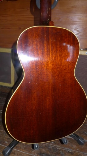 ~1944 Gibson L-00