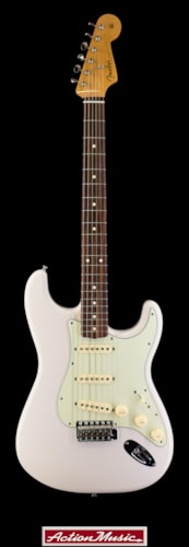 2015 Fender Special Edition Stratocaster