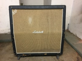 1968 Marshall #1982 4x12 Basket Weave Angled Cabinet 1968