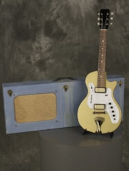 Airline 7214 with amp/case