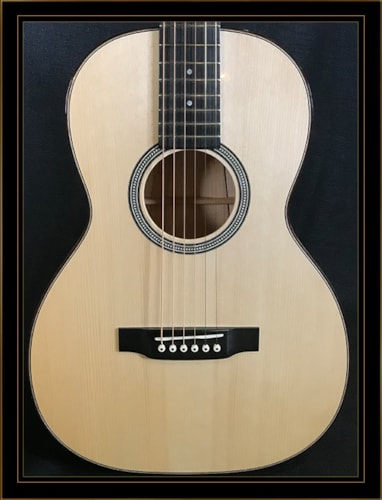 Martin Custom Shop 00-12 Fret in Flame Maple with Adirondack Top