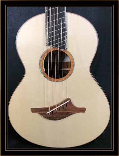 Lowden Wee Lowden WL-50FF in Cocobolo with Alpine Spruce Top
