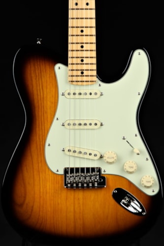 Fender Limited Edition Parallel Universe Strat-Tele® Hybrid - Maple