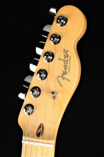 Fender 2018 Limited Edition Parallel Universe Whiteguard Stratocast