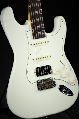 Suhr Classic S Antique HSS - Olympic White/New Model For 2018