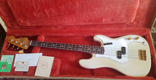 1988 Fender '62 American Vintage Reissue Precision Bass