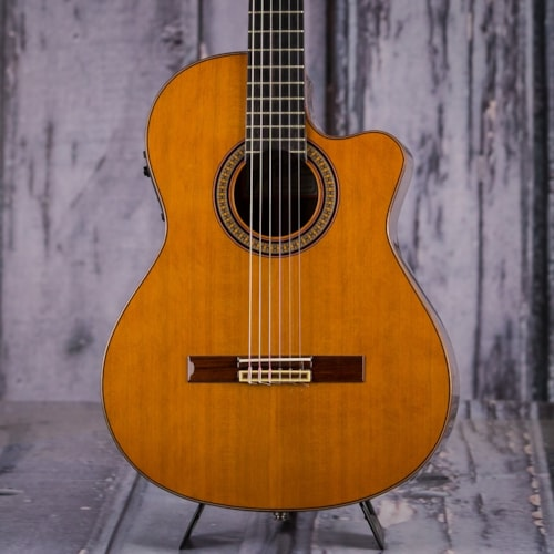 2004 Jose Ramirez 2CWE Classical Guitar, Red Cedar Top